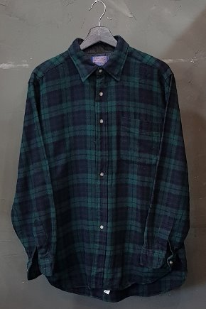 70's Pendleton - Virgin Wool - Made in U.S.A. (M-L)
